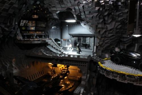 bat_cave-lego-10