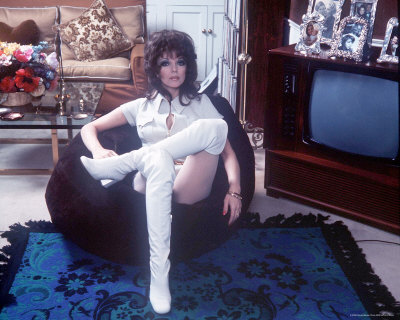 276695joan-collins-posters