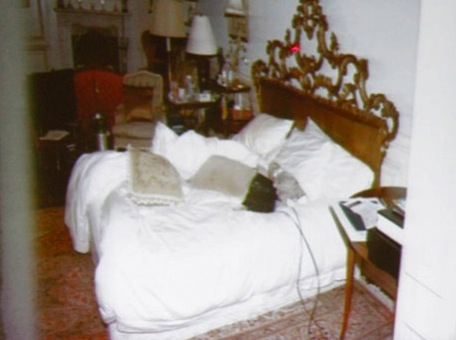 michael-jackson-deathbed_