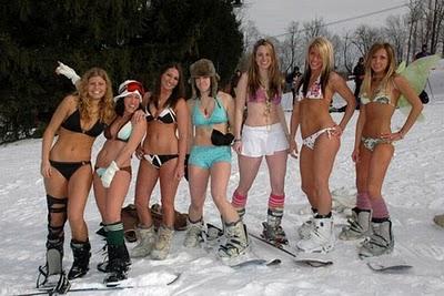 skiing-in-bikinis-19