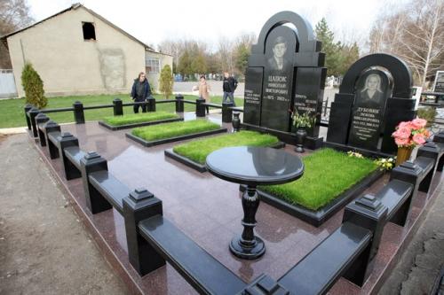 russian-grave-10