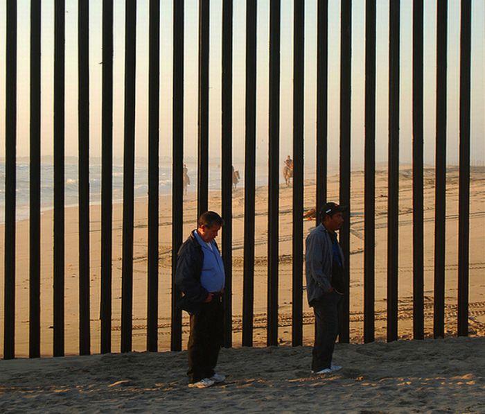 us_mexico_border_24