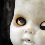 Creepy Doll Photos – Sleep Tight