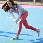 Kate Middleton play hockey – photos
