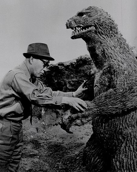 Godzilla 1954 – great photos from the movie set