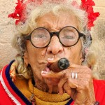 Cigar Smoking Graceiela is the Cuban with the enviable Havana (photos)