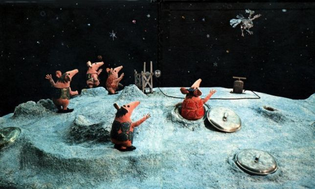 moon dust mice clangers