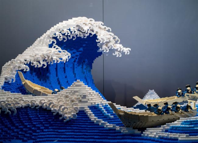 Katsushika Hokusai's The Great Wave off Kanagawa made with 50,000 LEGO bricks